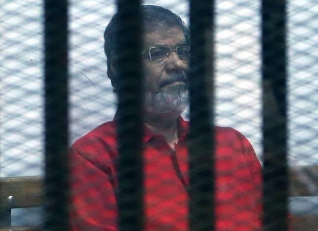 """اليوم.. أولى جلسات إعادة محاكمة مرسي في """"اقتحام السجون"""""""