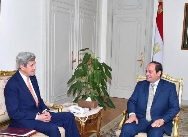 السيسي يبحث مع كيري التطورات في سوريا وليبيا