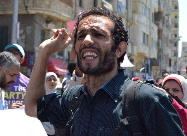 """حبس هيثم محمدين 15 يوما بتهمة الانضمام لجماعة """"إرهابية"""""""