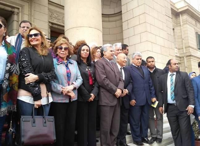 بالصور.. فنانات يشاركن في مسيرة يوم المرأة العربية لدعم اللاجئات