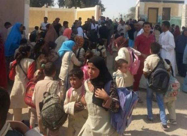محافظ الفيوم ينفي إصابة طلاب بتسمم إثر تلقي تطعيم بإحدى المدارس