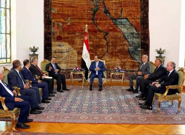 السيسي يؤكد دعم مصر لحكومة الرئيس اليمني منصور هادي