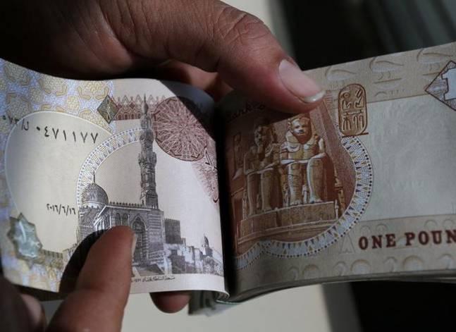في 2016.. الجنيه الأكثر انخفاضا والبورصة المصرية ثاني أسوأ البورصات في العالم