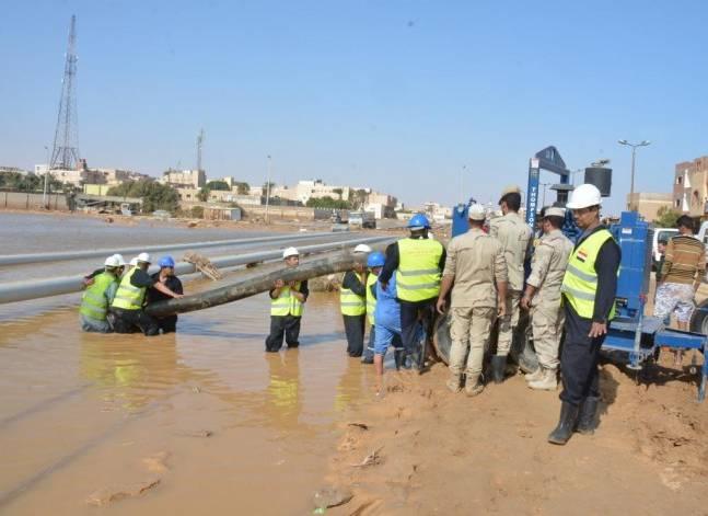 بالصور.. الجيش يواصل رفع آثار السيول بالمناطق المتضررة