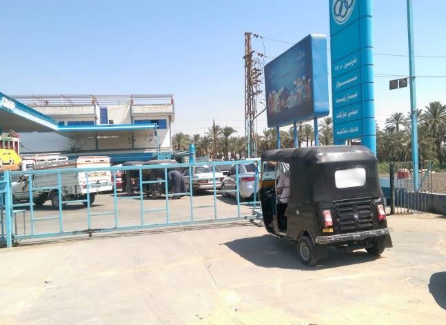 أزمة وقود تعيد طوابير السيارات إلى 3 محافظات خارج القاهرة