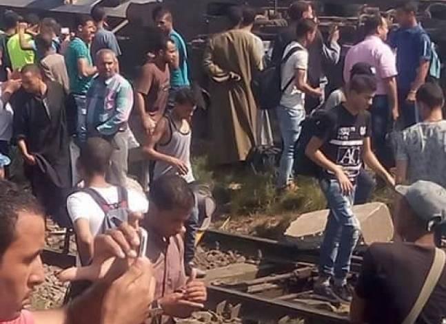 رئيس السكك الحديدية: وفيات وإصابات في حادث قطار بالعياط