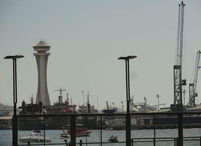 مصر والأردن توقعان اتفاقية لتطوير ميناء النفط والغاز بالعقبة