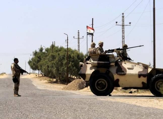 الداخلية: مقتل ضابطين وإصابة أربعة في انفجار عبوة ناسفة بالعريش