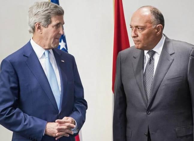 وزير الخارجية يبحث هاتفيا مع نظيره الأمريكي التطورات في سوريا وليبيا والعراق