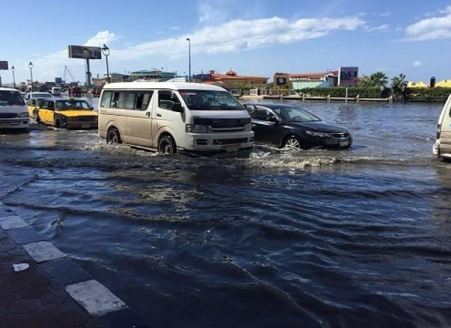 مقتل 6 وإصابة 20 بسبب السيول في سوهاج