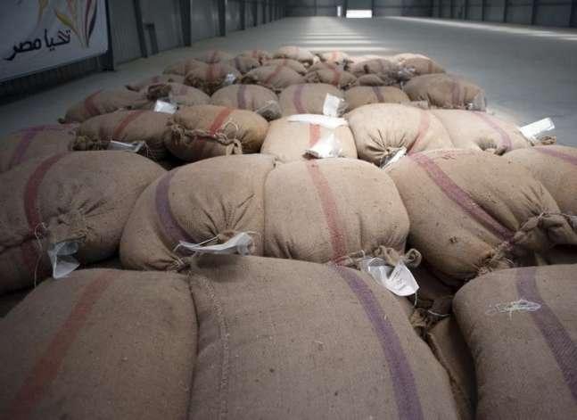 """الكسب غير المشروع يتحفظ على أموال 18 شخصا في قضية """"فساد القمح"""""""
