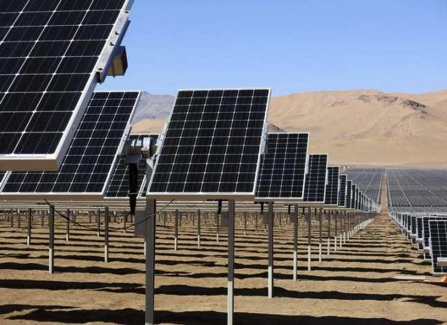 وزارة النقل تبدأ استغلال مبانيها في توليد الكهرباء من الطاقة الشمسية