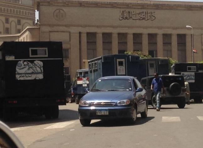 حبس مينا ثابت 4 أيام لاتهامه بالتحريض على استخدام العنف وقلب نظام الحكم