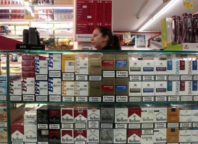 """من جنيه إلى جنيهين.. حد أدنى لزيادة أسعار السجائر بعد """"القيمة المضافة"""""""
