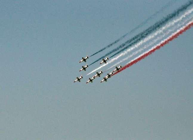عروض جوية للقوات المسلحة في سماء القاهرة احتفالا بذكرى 30 يونيو