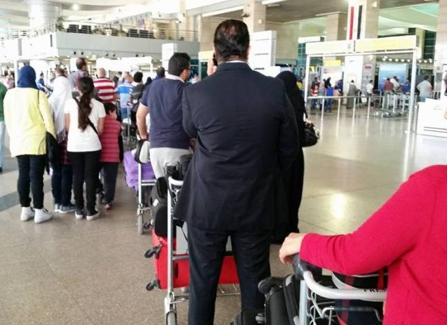 زيادة أسعار عربات نقل الحقائب بمطار القاهرة