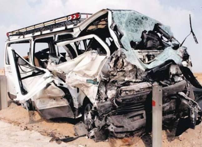 مقتل 5 أشخاص وإصابة 7 في تصادم سيارتين على الطريق الزراعي بأسوان
