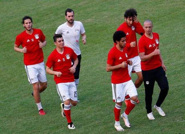 بيان: فتح أبواب الاستاد لجماهير مباراة مصر والكاميرون في الثانية ظهرا