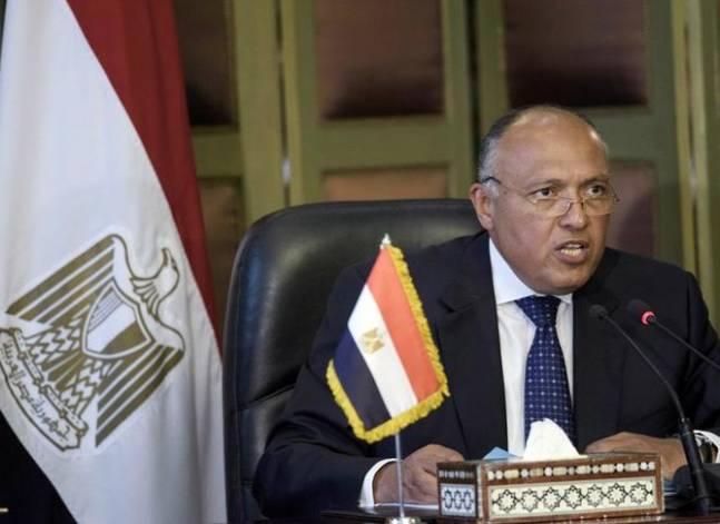 شكري: مصر وتونس والجزائر أكثر الدول تضررا من عدم الاستقرار في ليبيا