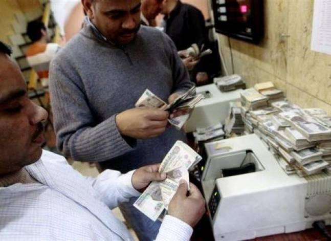 مصادر: المركزي يخفض الجنيه إلى 8.85 للدولار اليوم