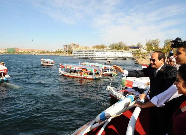 السيسي: مصر في حالة نمو لكن مرافقها لا تنمو بنفس المعدل