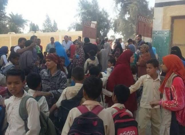 محافظ شمال سيناء: حفر آبار لتزويد 40 مدرسة في رفح والشيخ زويد بالمياه