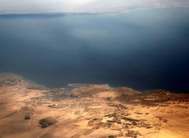 أصوات مصرية - محكمة تحظر أي معاهدة للتنازل عن جزيرتي تيران وصنافير