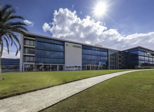هيرمس تشتري 51% من شركة انفست فاينانس الباكستانية