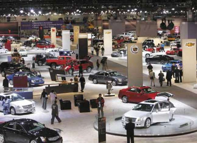 نقص الدولار يهبط بوارداتالسيارات 35% في يوليو