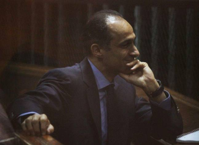 """استكمال نظر طعن النيابة على إخلاء سبيل نجلي مبارك في """"قصور الرئاسة"""""""