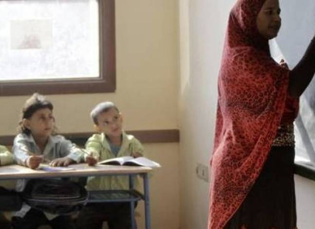 وزير التعليم يطالب بتسليم كتب الفصل الدراسي الثاني فور ورودها للمخازن