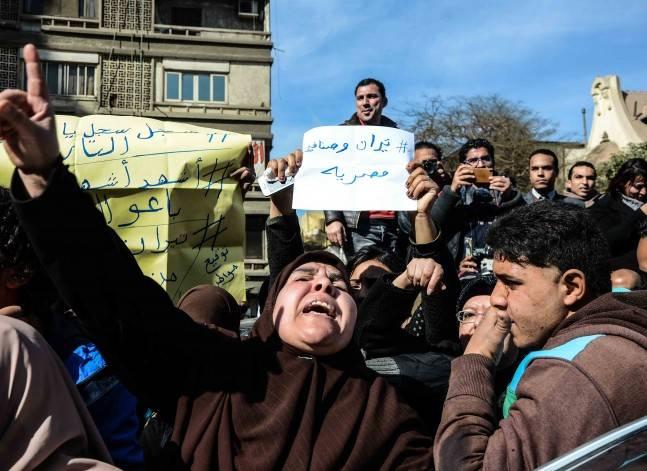 """براءة 12 محاميا من تهمة ترويج إشاعات عن مصرية """"تيران وصنافير"""""""