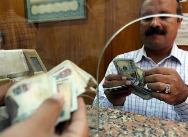 البنك المركزي: 12.3 مليار دولار حصيلة البنوك منذ التعويم