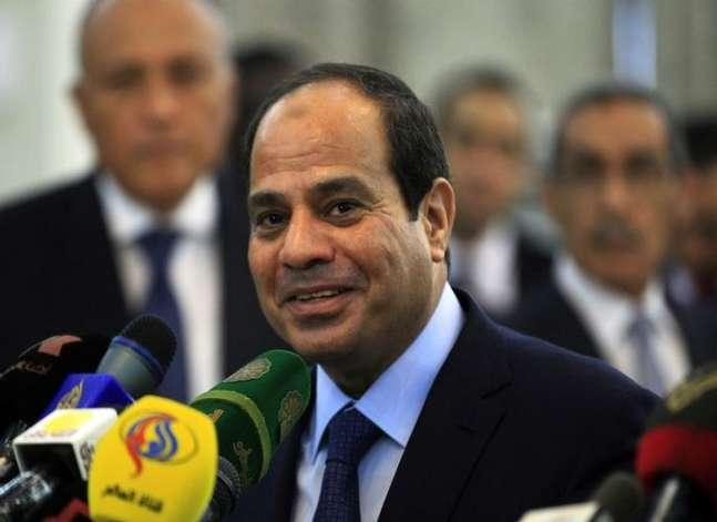 السيسي: مخطط لتنمية سيناء في عام ونصفبتكلفة 10 مليار جنيه