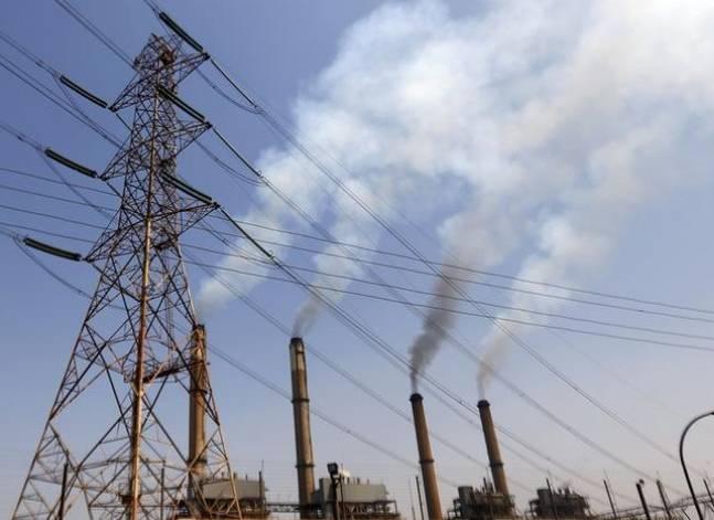 الحكومة تقر الأمر المباشر في التعاقد بين شركات الكهرباء والإنتاج الحربي