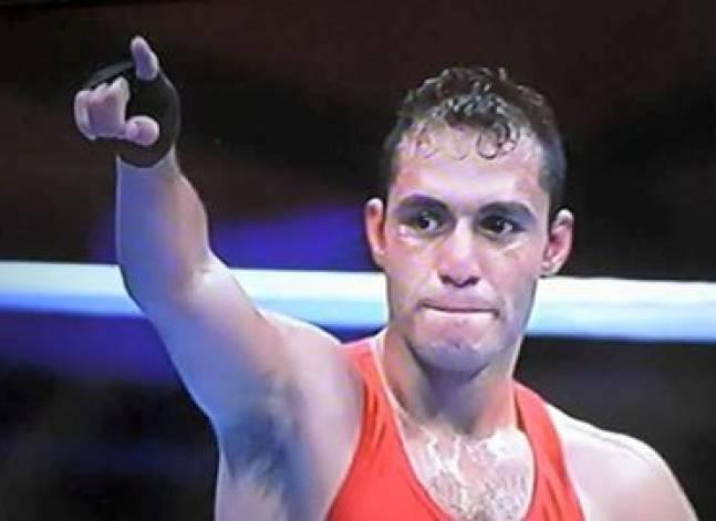 الملاكم المصري حسام بكر يتأهل لدور 16 في أولمبياد ريو
