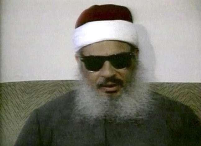 وفاة رجل الدين المتشدد عمر عبد الرحمن في أمريكا.. الملاذ والسجن