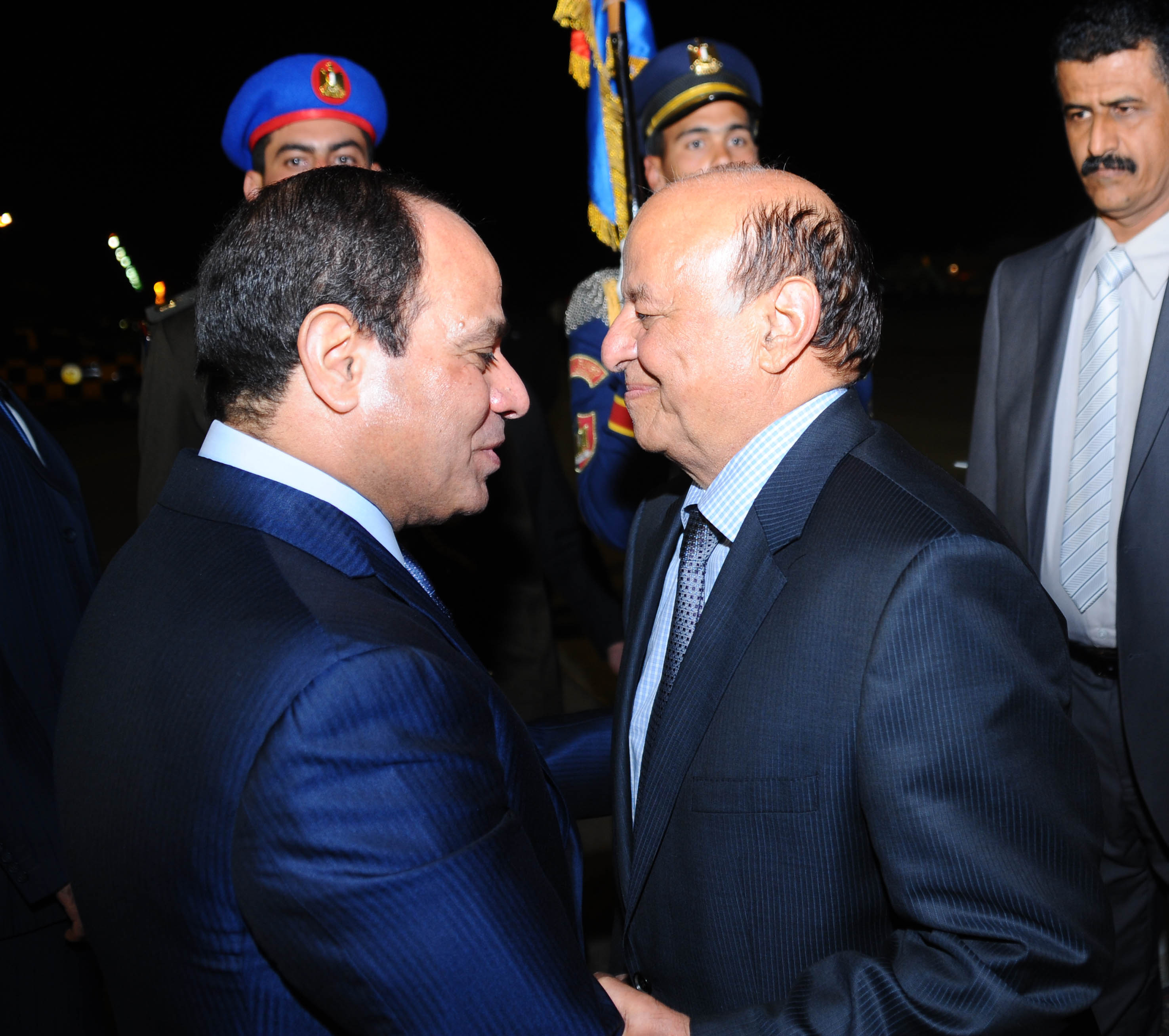 السيسي يبحث مع منصور آخر المستجدات في اليمن