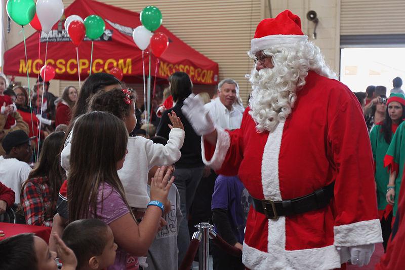 استطلاع للأطفال: المرأة لا تصلح لدور بابا نويل