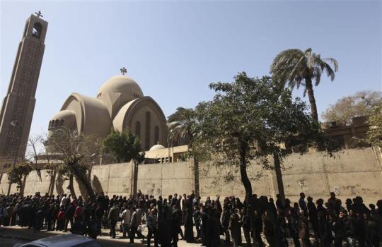 كاهن كنيسة مارجرجس بالخصوص: احتراق عدد من بيوت المسيحيين وحضانة ووفاة 3 أقباط في الاشتباكات