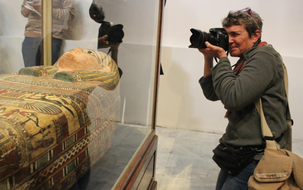 السماح بالتصوير الشخصي برسوم 50 جنيها للمصريين والأجانب بالمتحف المصري