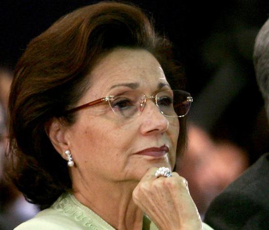 سوزان مبارك: لم أستمتع بحياتي ولم نخطط للتوريث ونعلم أن مصر لا يحكمها إلا ابن المؤسسة العسكرية