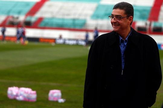 التلفزيون الرسمي: وزير الرياضة يحل مجلس إدارة النادي الأهلي ويعيد تعيينه