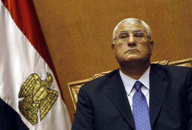 الرئيس عدلي منصور يستقبل محمد حسنين هيكل