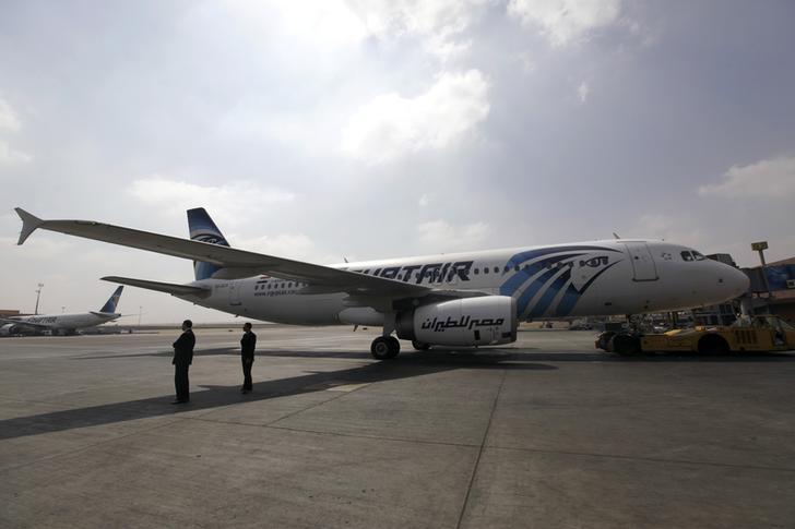 إغلاق مطار برج العرب أمام حركة الملاحة لانخفاض مستوى الرؤية