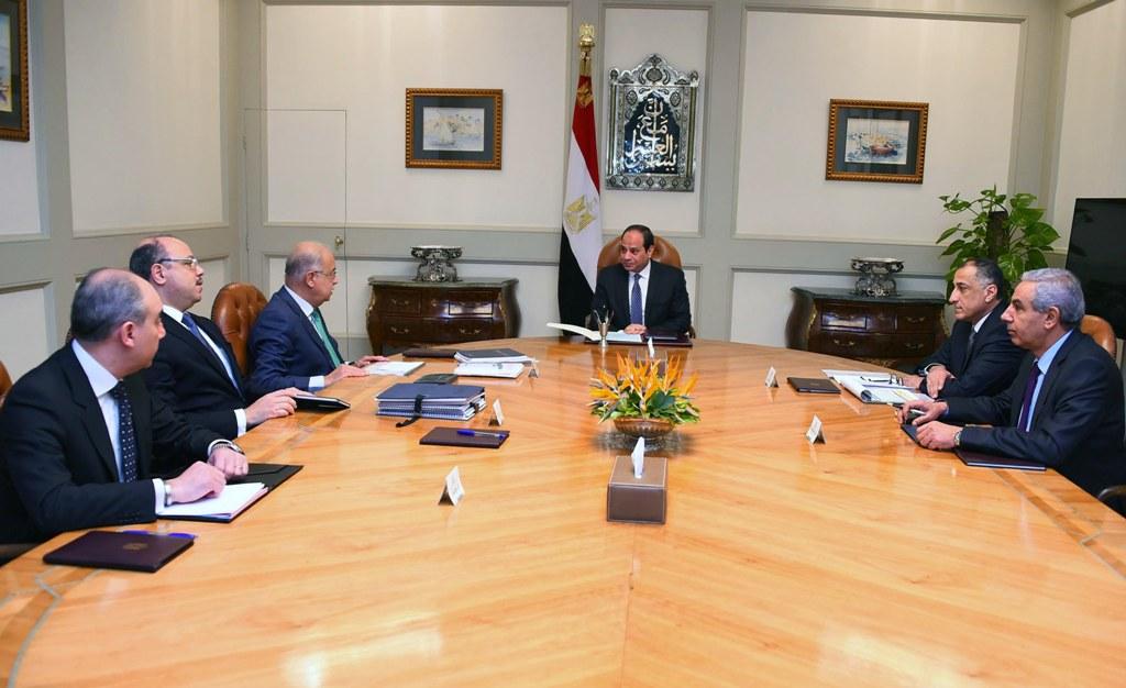 الرئاسة: طرح نِسَب من رأسمال الشركات والبنوك المصرية الناجحة في البورصة