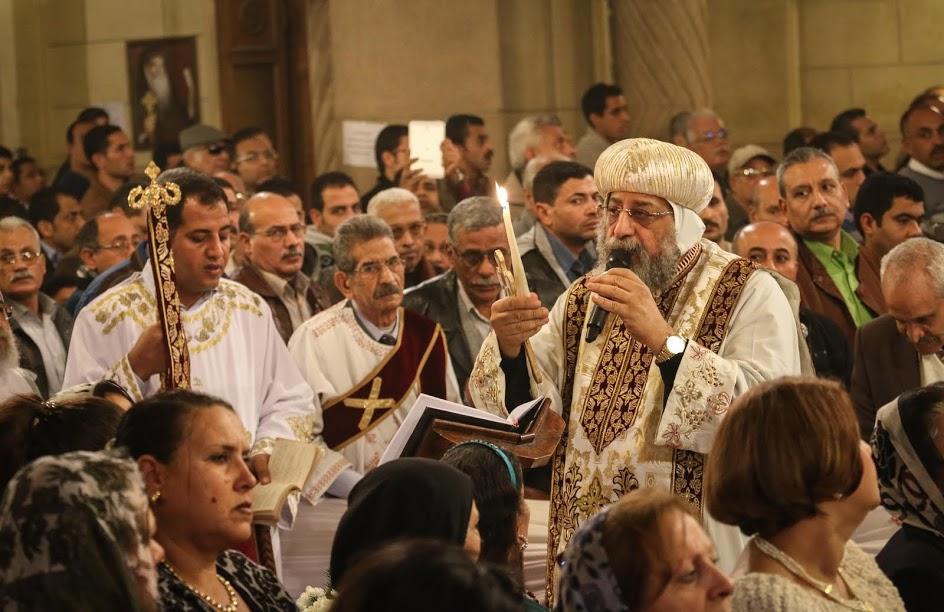 البابا تواضروس الثاني يترأس قداس عيد القيامة