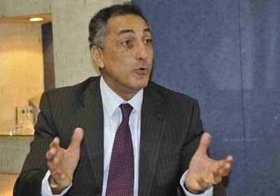 طارق عامر: لا علاقة لقرارات المركزي الأخيرة باستثمارات البنوك في البورصة