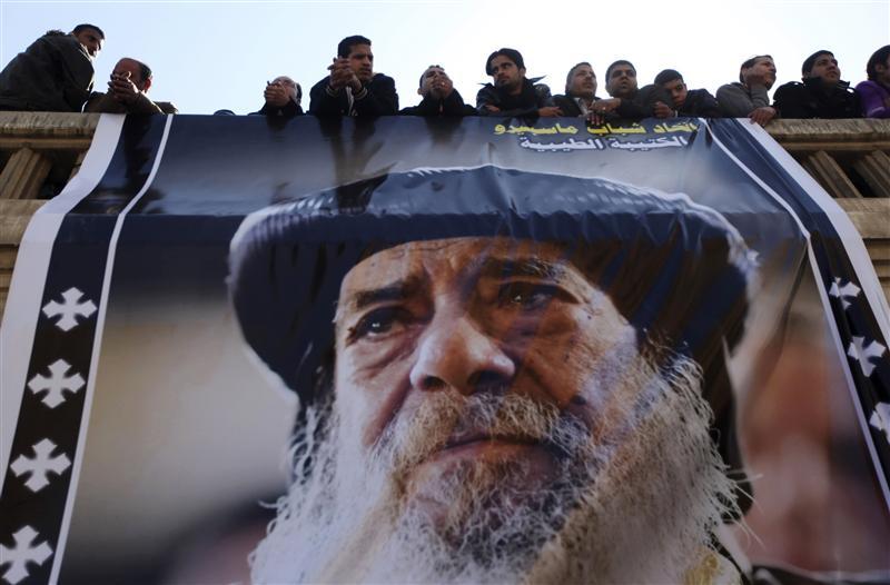 توافد آلاف على دير الأنبا بيشوي لإحياء الذكرى الأولى لرحيل البابا شنودة