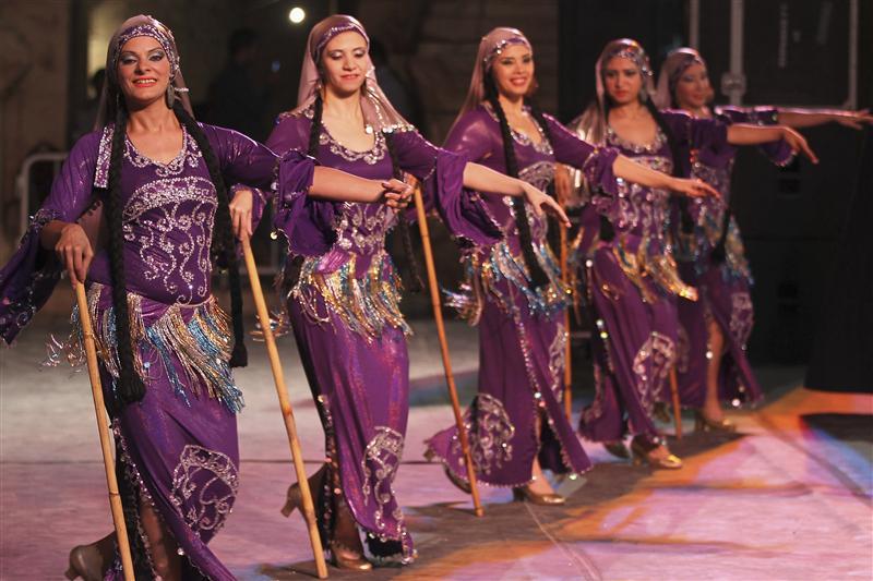 العالم يحتفل باليوم العالمي للرقص ومصر تغيب